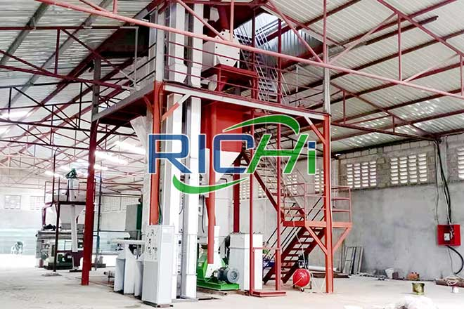 1 T/H Hay Grass Alffalfa Pellet Production Line & 3-5t/h Powder Feed Line