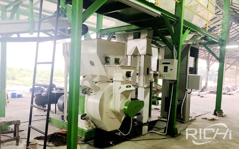 5 Tons/hour Wood Pellet Machine And Production Line