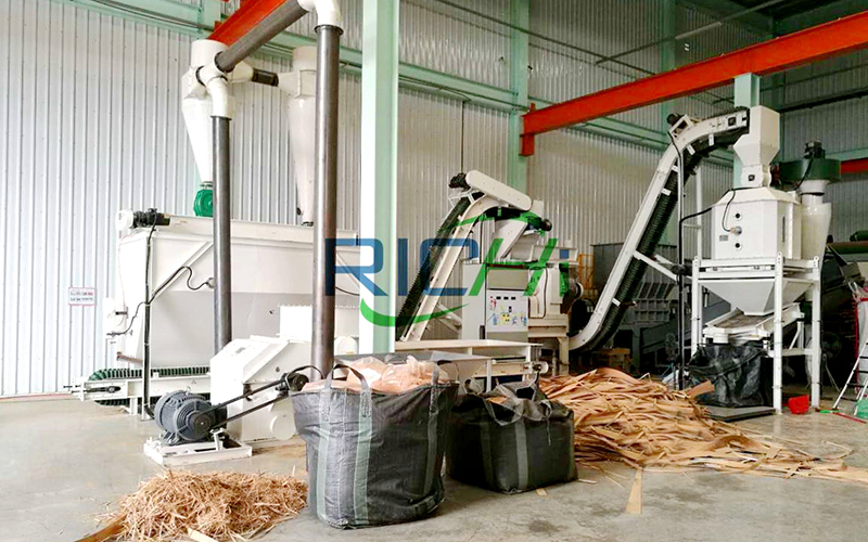 1.5 Ton per Hour Whole Production Line of Biomass Wood Pellet Machine