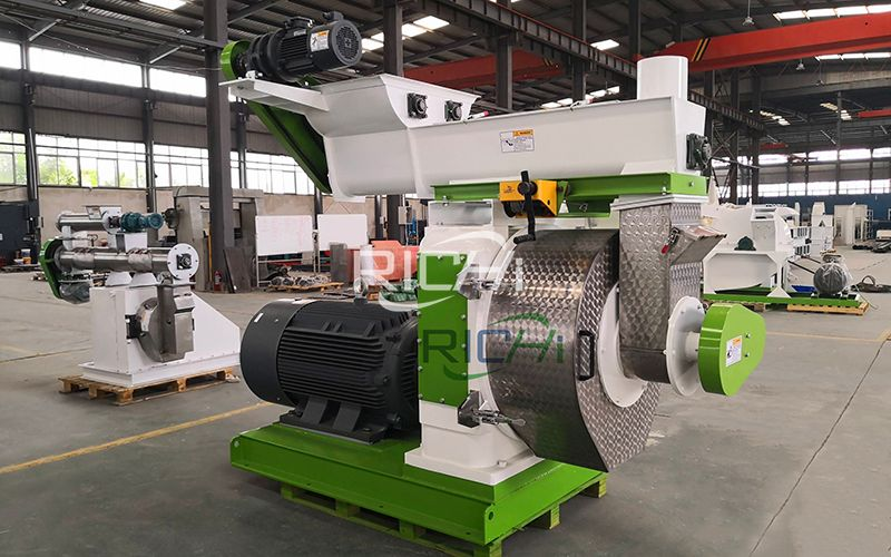 How Does the Wood Pellet Mill Ring Die Pellet Machine Work?